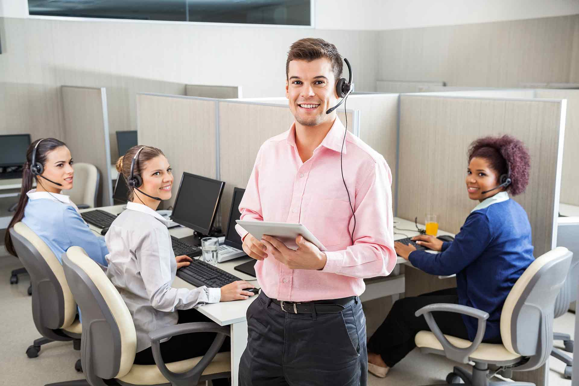 Outsourced Call Center Services : Grow your company with outsourced call center services